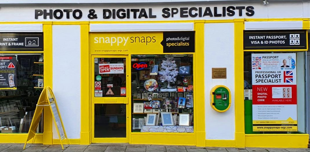 Welwyn garden city snappy snaps store front